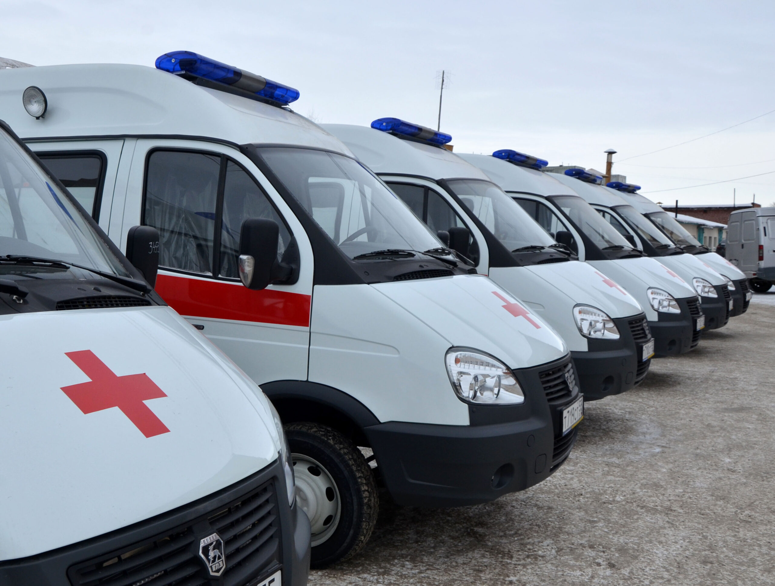 В Саратове медработникам «скорой» предложили ввести льготы на проезд и жильё