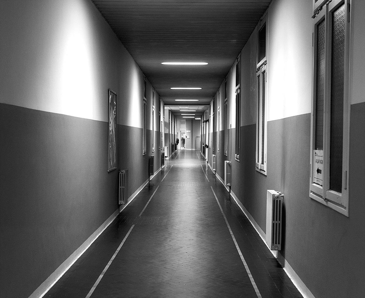 В дагестанской ЦРБ хирург ранил ножом замглавврача