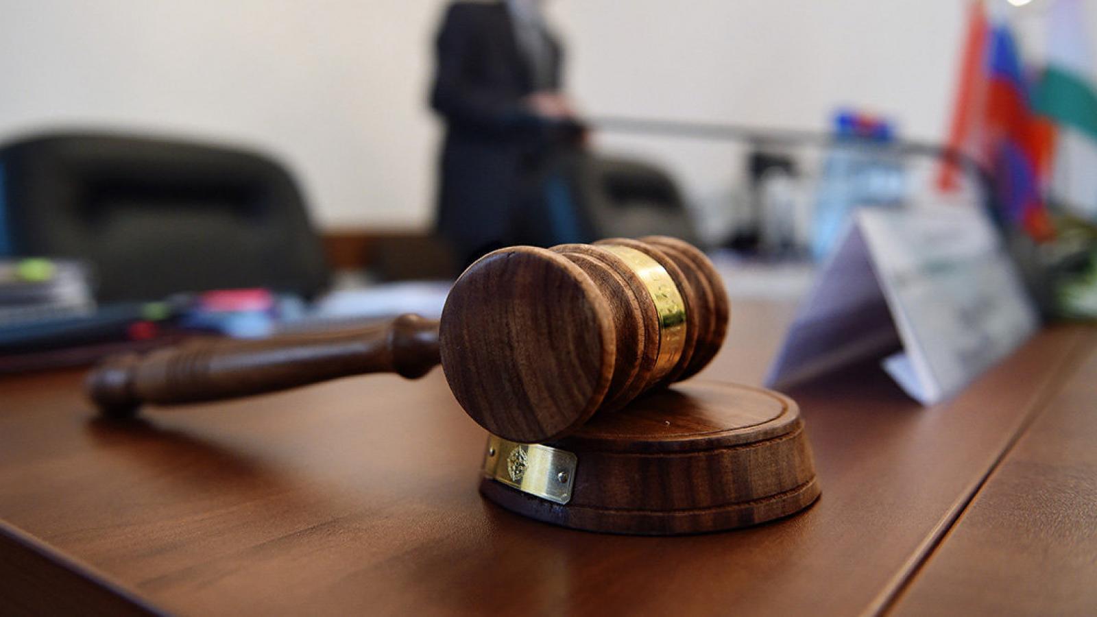 Суд прекратил уголовное преследование завотделением за злоупотребление полномочиями