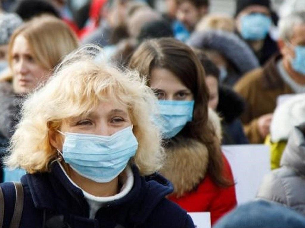 В Чечне отменили обязательный масочный режим из-за снижения заболеваемости коронавирусом