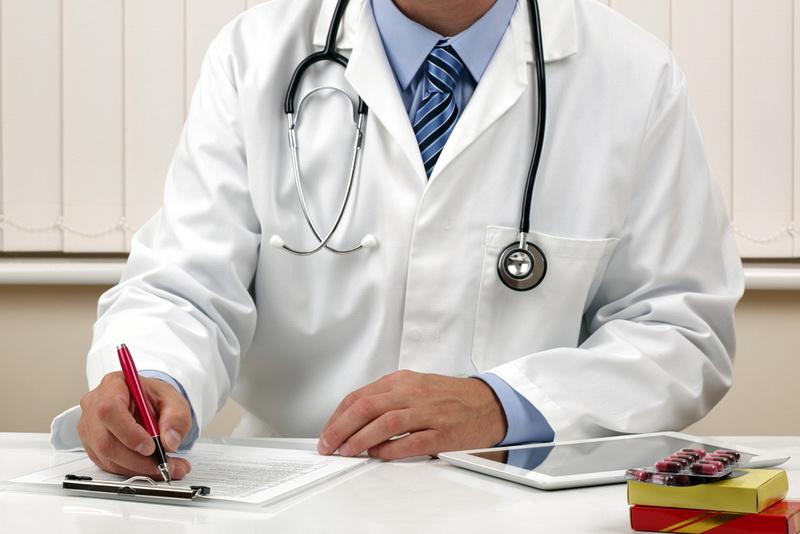 Военным медработникам дали право получить страховую выплату за заражение коронавирусом