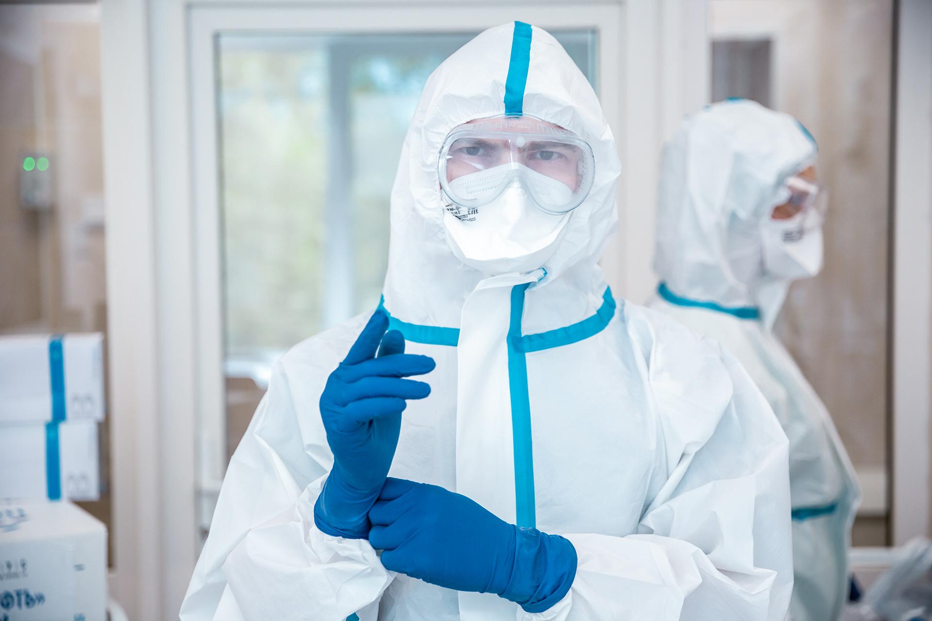 В Петербурге коронавирусные выплаты медработникам продлили до 31 июля