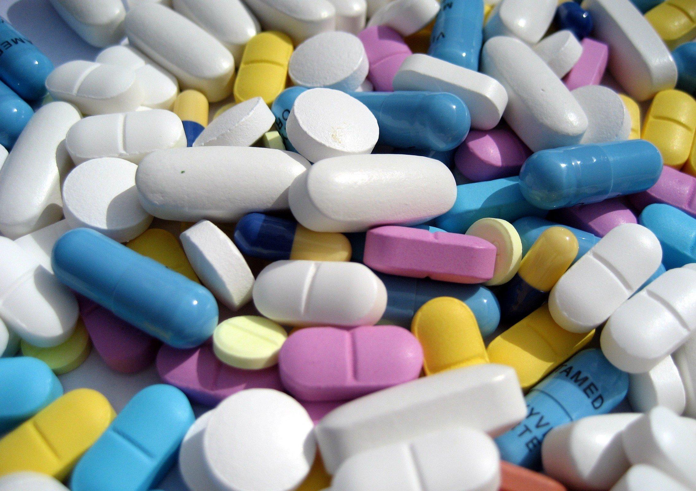 В России готовы законодательно разрешить онлайн-продажу рецептурных лекарств