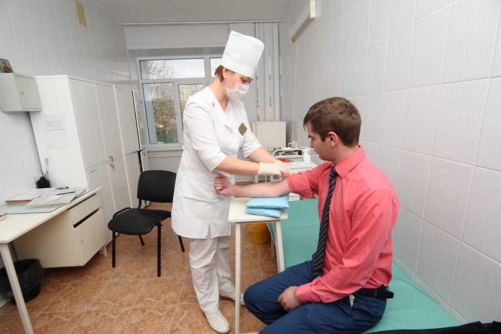 В Ачинской межрайонной больнице собираются сократить 15 медработников