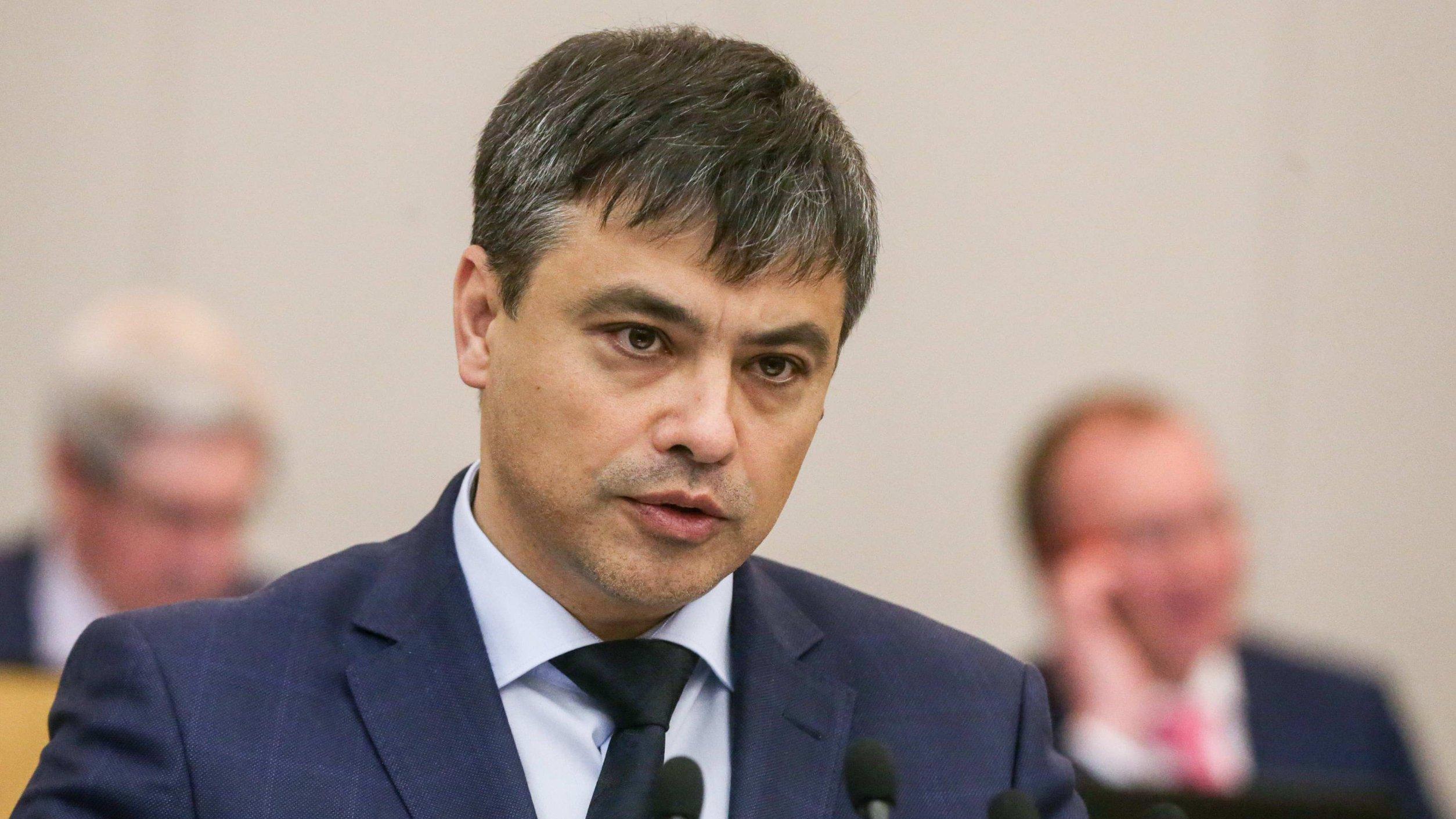 Морозов призвал решить две важные проблемы первичного звена здравоохранения