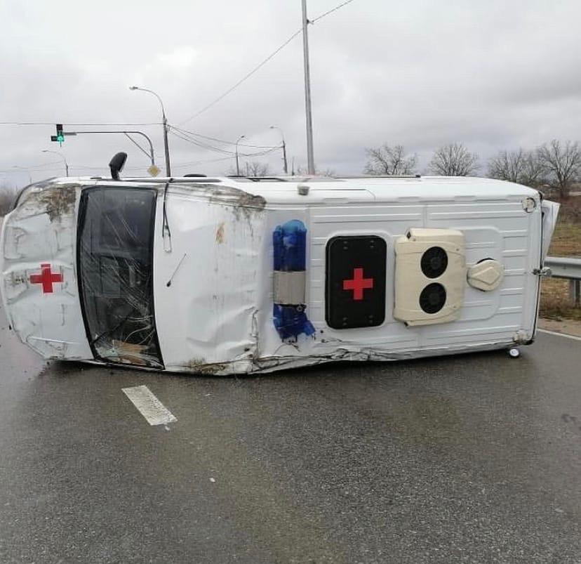 Под Севастополем в ДТП со «скорой» пострадала фельдшер