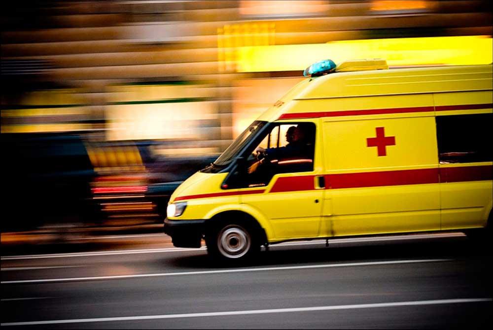 У фельдшера «скорой» диагностировали сотрясение и ЗЧМТ после нападения на вызове