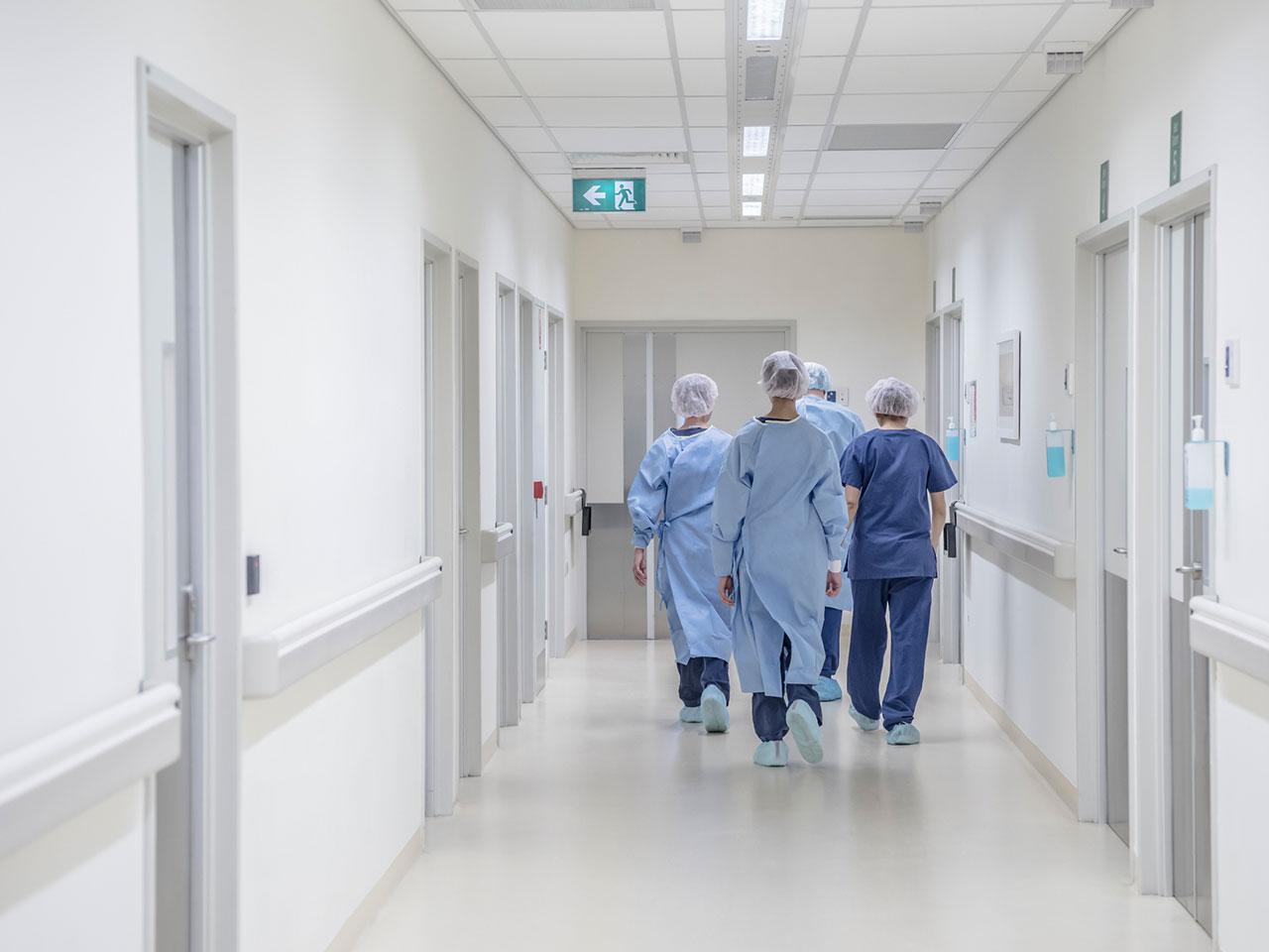 Минздрав подтвердил нарушения в начислении зарплат медработникам в ЦРБ Смирных