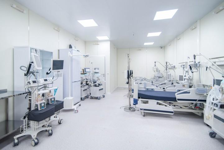 Выросло число жалоб на доступность лечения в федеральных медцентрах по ОМС