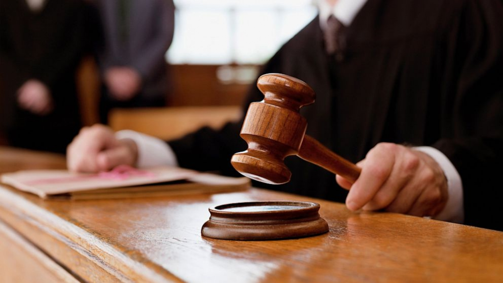 Мужчине дали два года условно за угрозу убийством фельдшеру