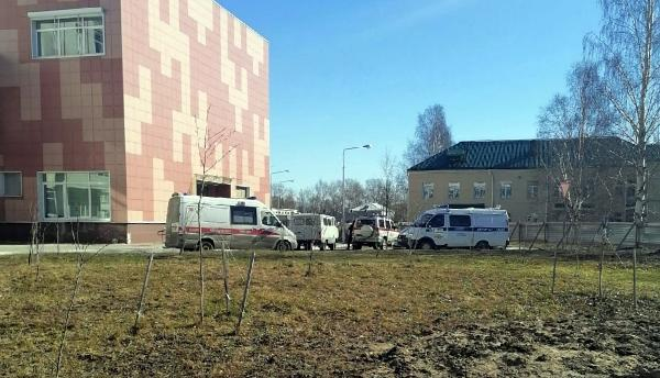 Архангелогородец сообщил о минировании областной больницы