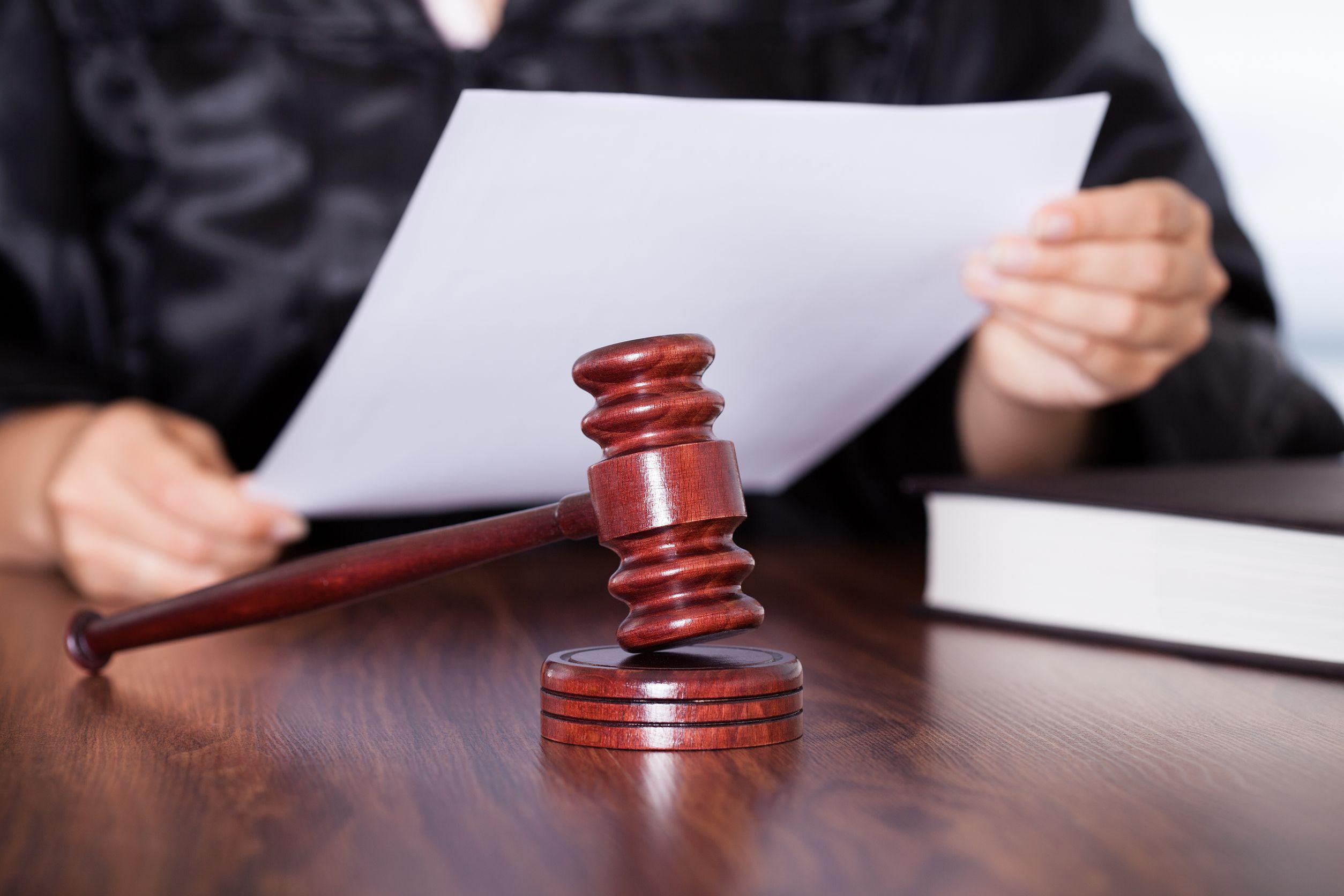 Областной суд отменил оправдательный приговор фельдшеру по делу о смерти заключённого