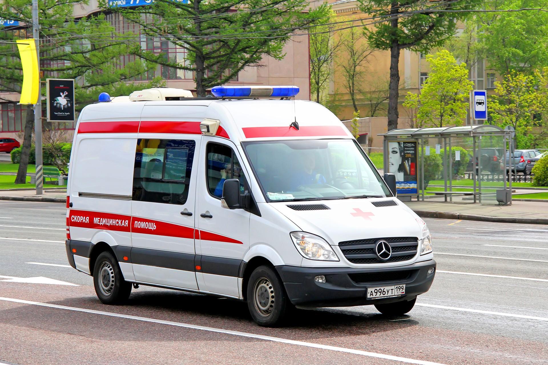 Житель Пензы напал на врача и водителя «скорой» и угнал автомобиль