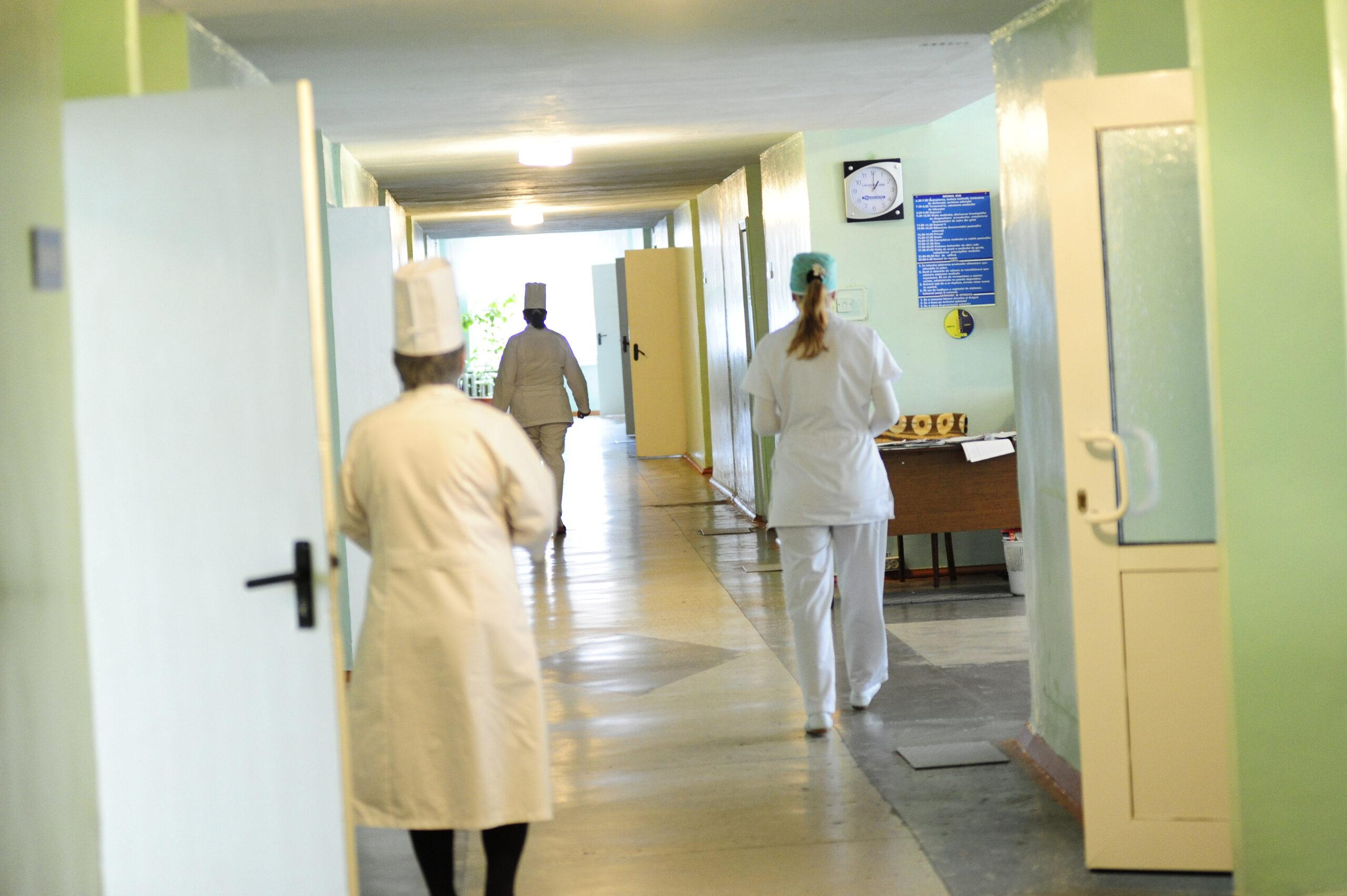 В Санкт-Петербурге не хватает 700 врачей первичного звена