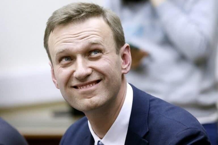 Алексей Навальный: омские врачи готовы были меня прикончить по приказу Кремля