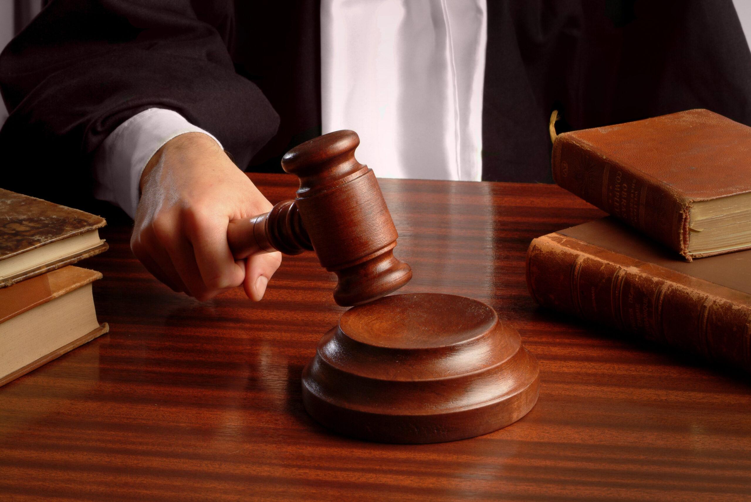 Суд отказал в компенсации женщине за смерть отца от COVID в неврологическом отделении