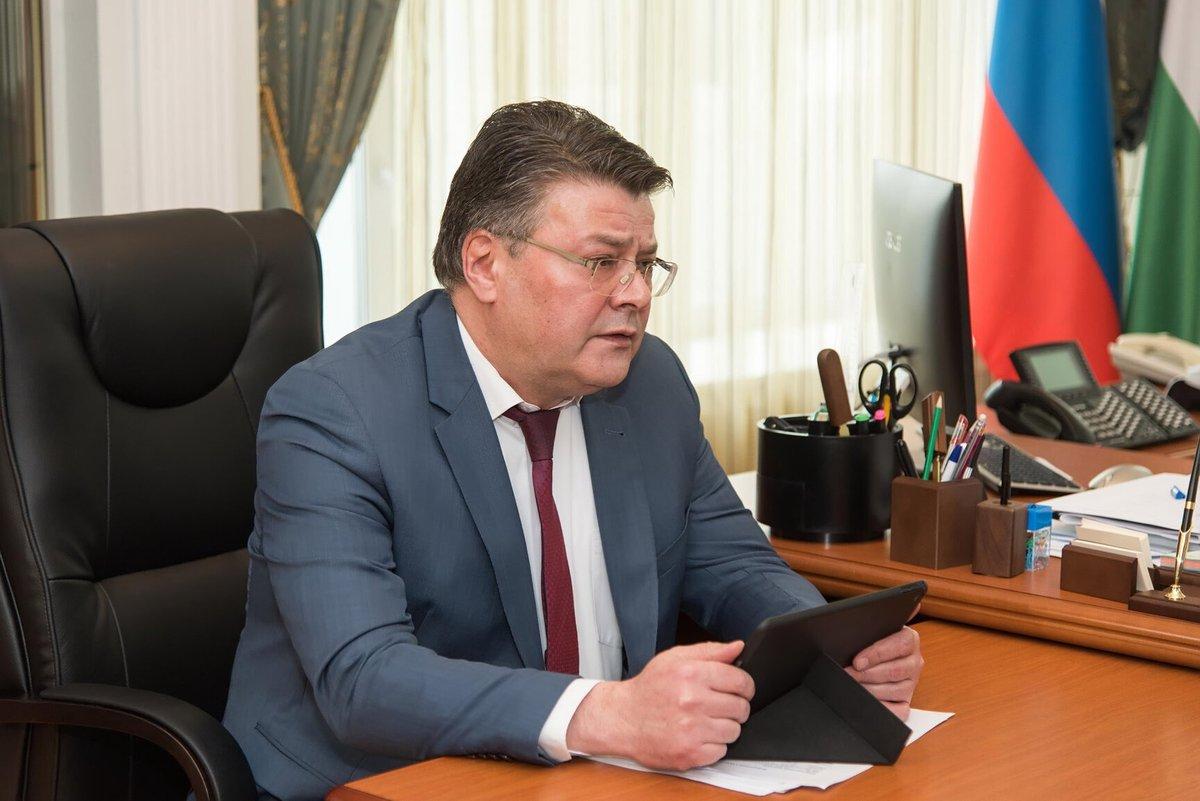 Калужский министр здравоохранения выписал себе премию в девять миллионов рублей