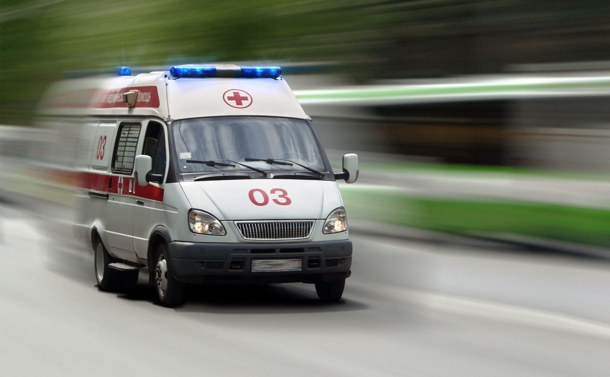 Сбившая пешехода скорая помощь везла хирурга на операцию