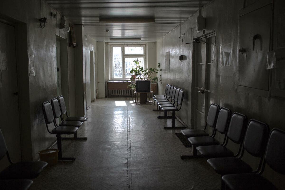 «Выросла кредиторская задолженность»: в челябинской больнице массово сокращают персонал