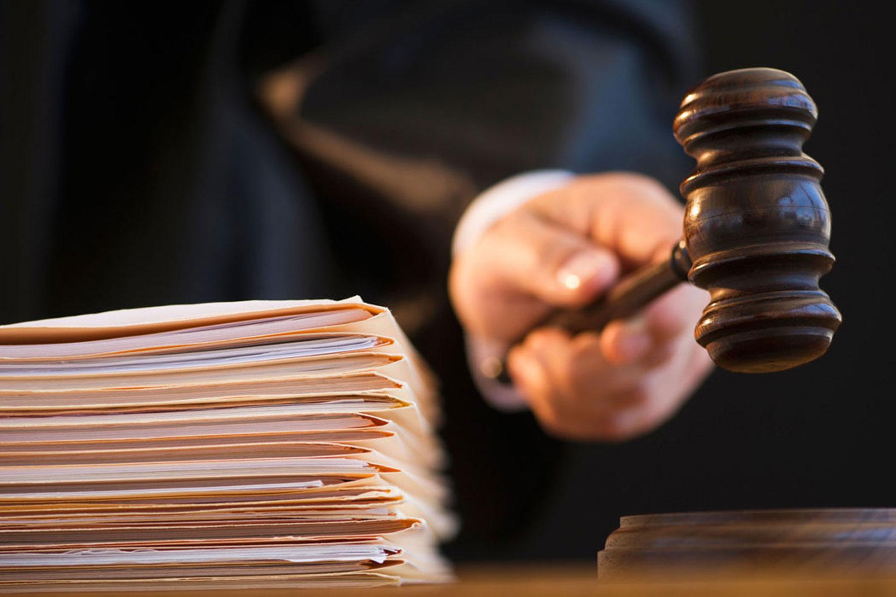 Волжский суд приговорил акушеров-гинекологов к двум годам колонии за смерть роженицы