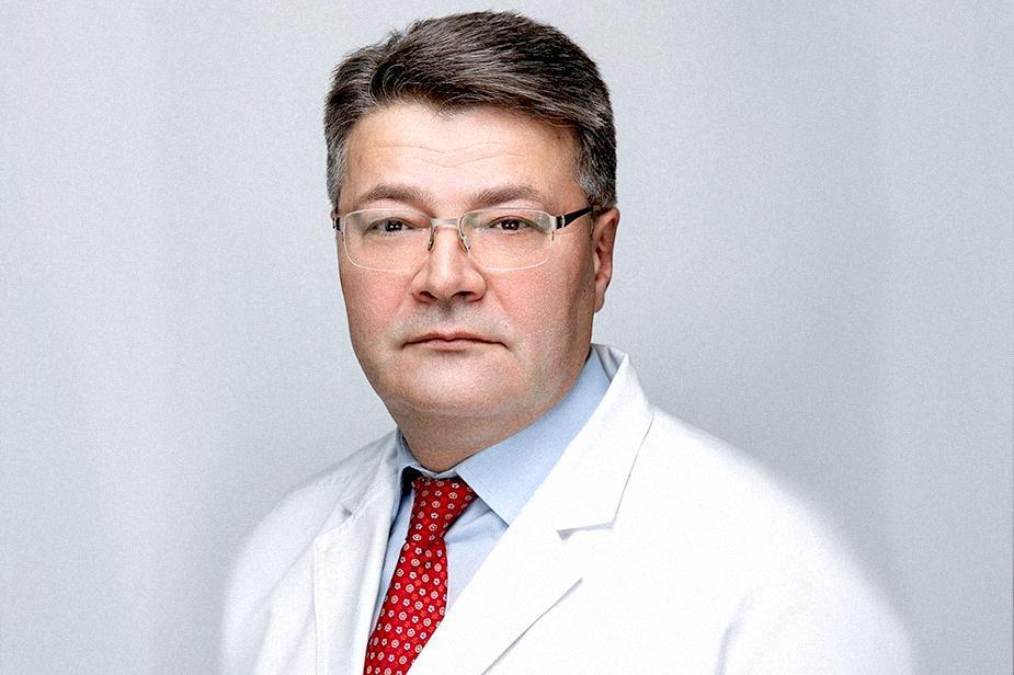 Прокуратура через суд требует с экс-министра здравоохранения 6,8 млн рублей за незаконную премию