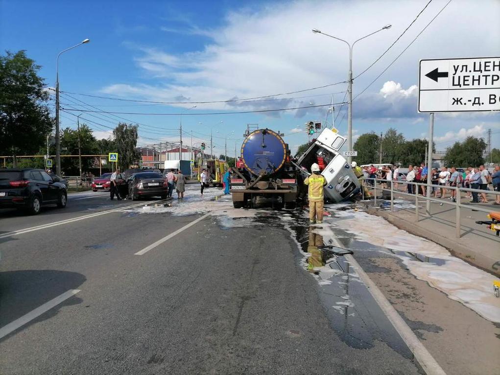 Водитель «скорой» погиб в ДТП с КамАЗом