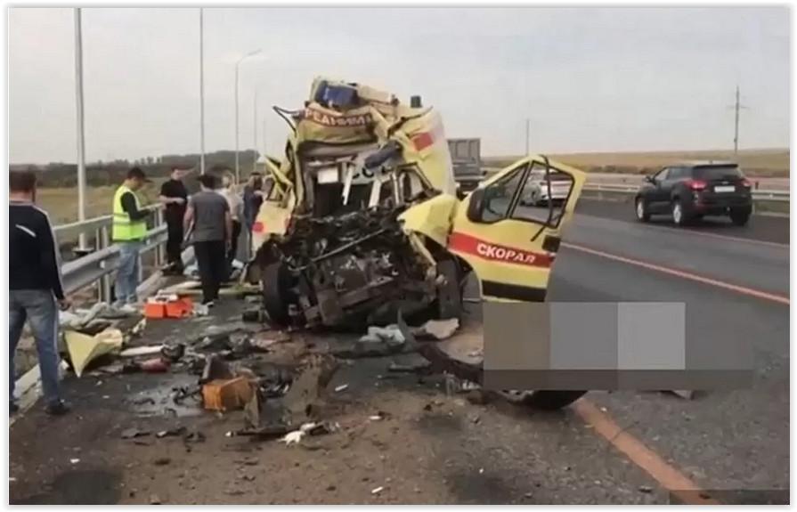 Минздрав Башкирии отрицает сверхурочную работу погибшего в ДТП водителя «скорой»