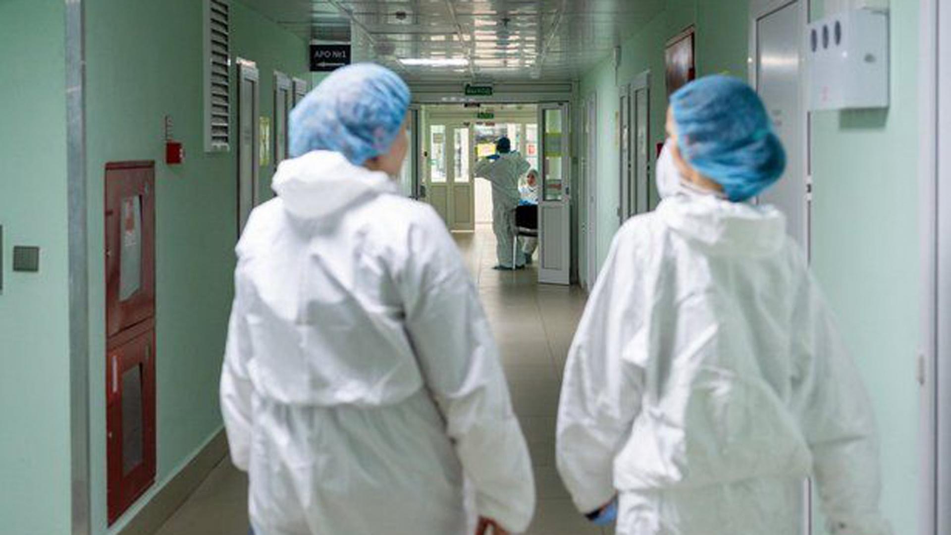 Медсестра отстояла в суде право получать ковидные надбавки в двух местах работы